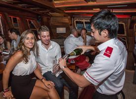royal-albatross-champagne-tasting-event