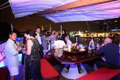 American Association of Singapore Event Royal Albatross