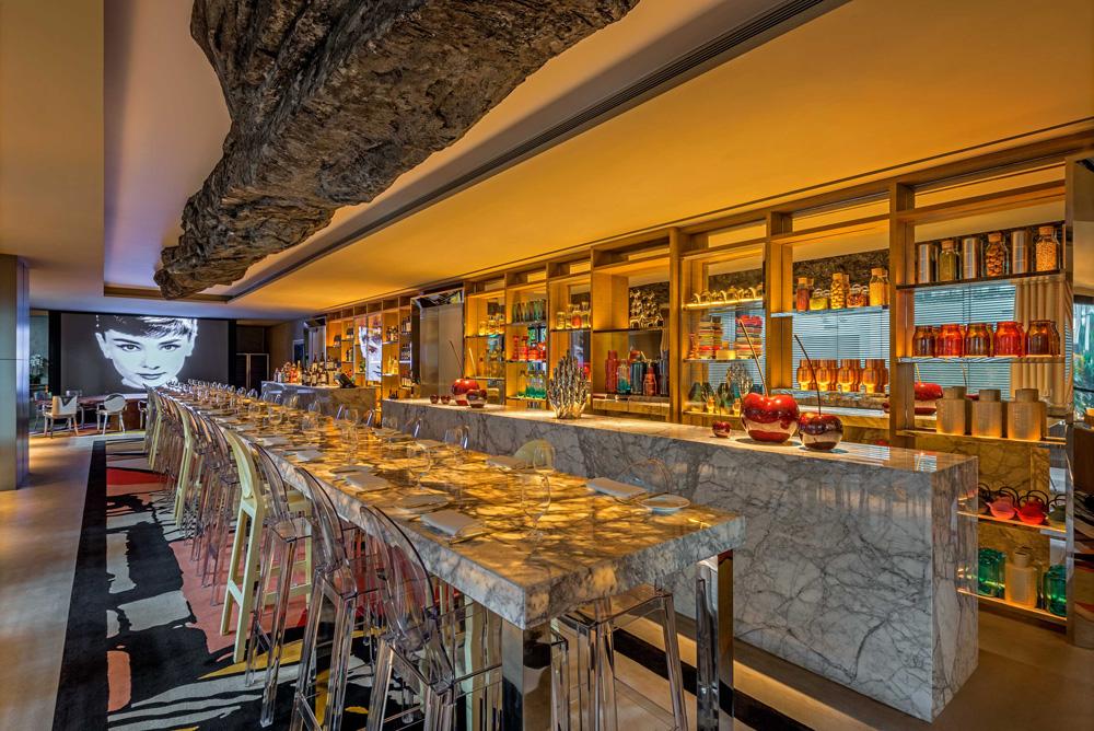 The South Beach Dining Area Royal Albatross