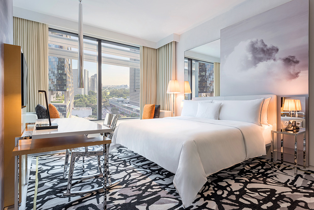 The SouthBeach Showcase Me Deluxe Room King Royal Albatross