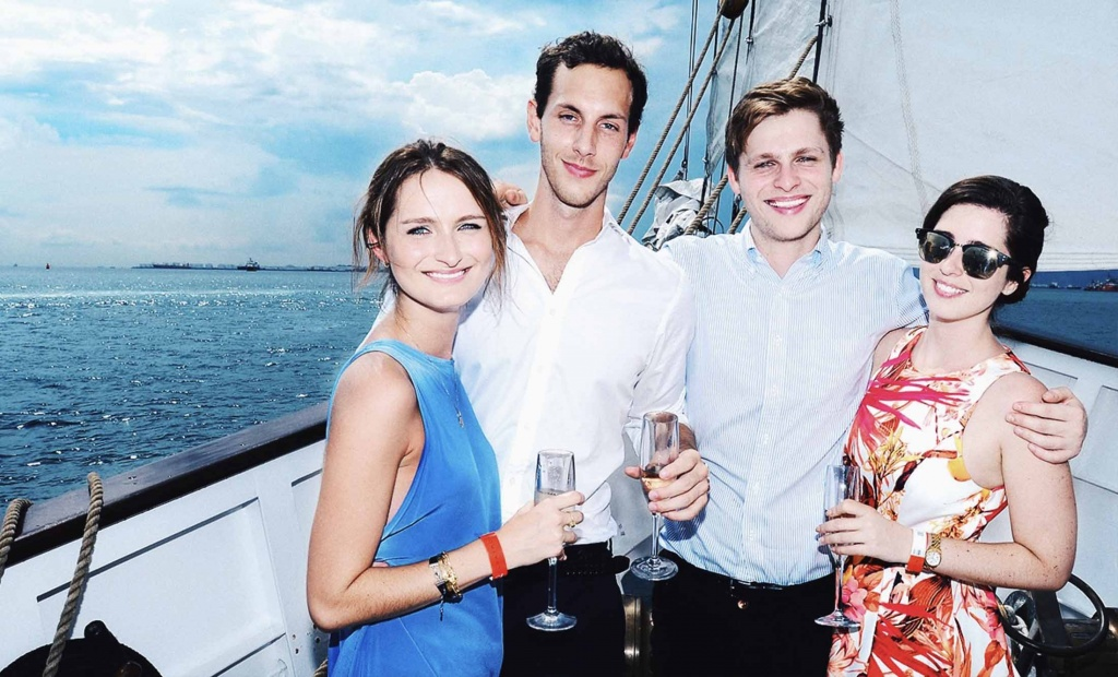 themed parties on yacht: royal albatross