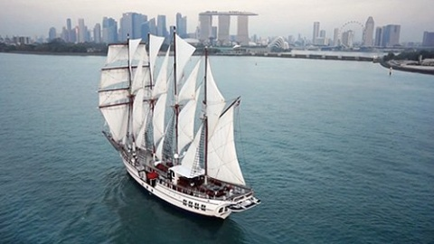 Most_Stable_Yacht_in_Singapore3