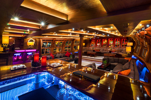 Inside Look of Singapore's Largest Super Yacht - Perfect for Romantic Dinners